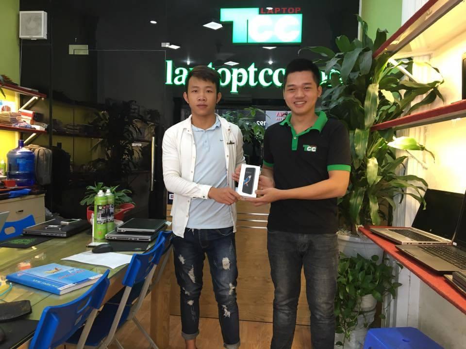 mua-laptop-trung-bphone-23234