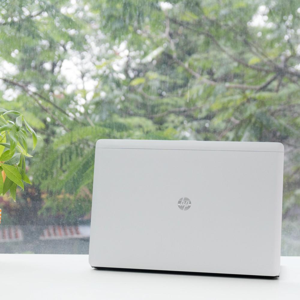 Laptop tcc hp folio 9470m (2)